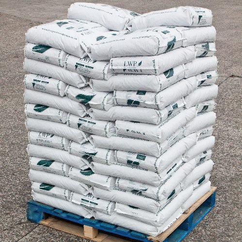 Full Pallet of Balcas Brites Wood Pellets (15kg bags)