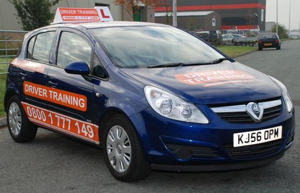 driving_instructor_training_car