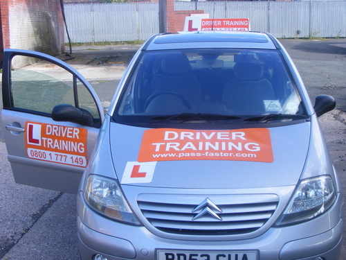 Driving_instructor_sean