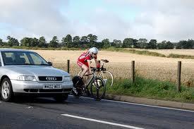 pst 10 overtaking a bike