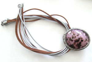 Mauve Bead Pendant necklace (MstN205)