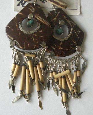 Earrings from Peru - Coconut, shell & Semi Precious Stone PO8