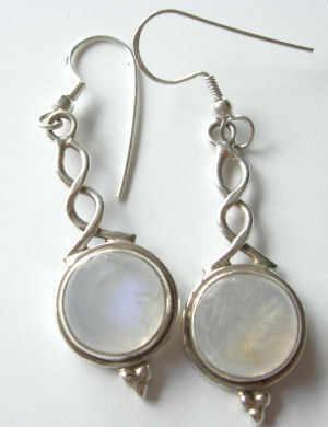 Moonstone silver earrings  (ME08)