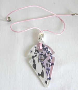 Pink & white murano glass pendant (M-Rh-639P)