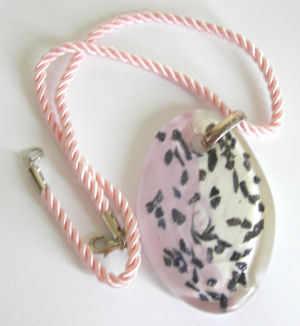 Pink & white murano glass pendant (M-surfer-001P)