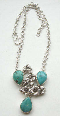 Turquoise silver flower Necklace Blue (TP03)