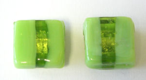 Green Lampwork Glass Bead 8mm pk 4 (SQGR02)