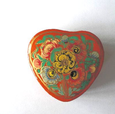 Kashmir Trinket Box Heart shaped ORANGE  with Flowers (802)