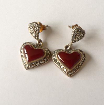 Carnelian silver Heart  earrings   (C05E)