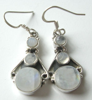 Moonstone pearly white stone silver earrings (ME07)