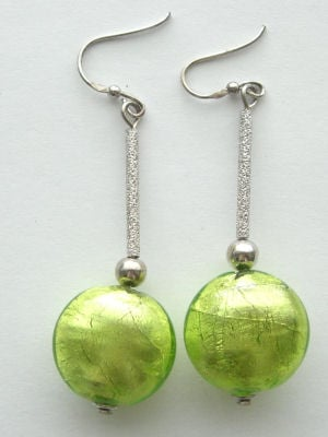Green Murano glass Lampwork bead earrings  with silver (MGr-970)