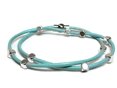 Bracelet - Blue with silver plated beads - 00683