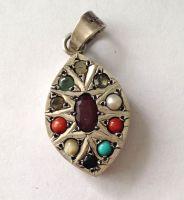 Pendant with multi stones - Chakra - Silver Pendant  (chak7)