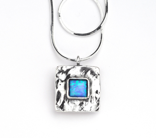 Silver chain with & pendant with square opal - Aviv