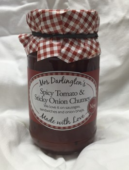 Mrs Darlington's spicy tomato and sticky onion chutney