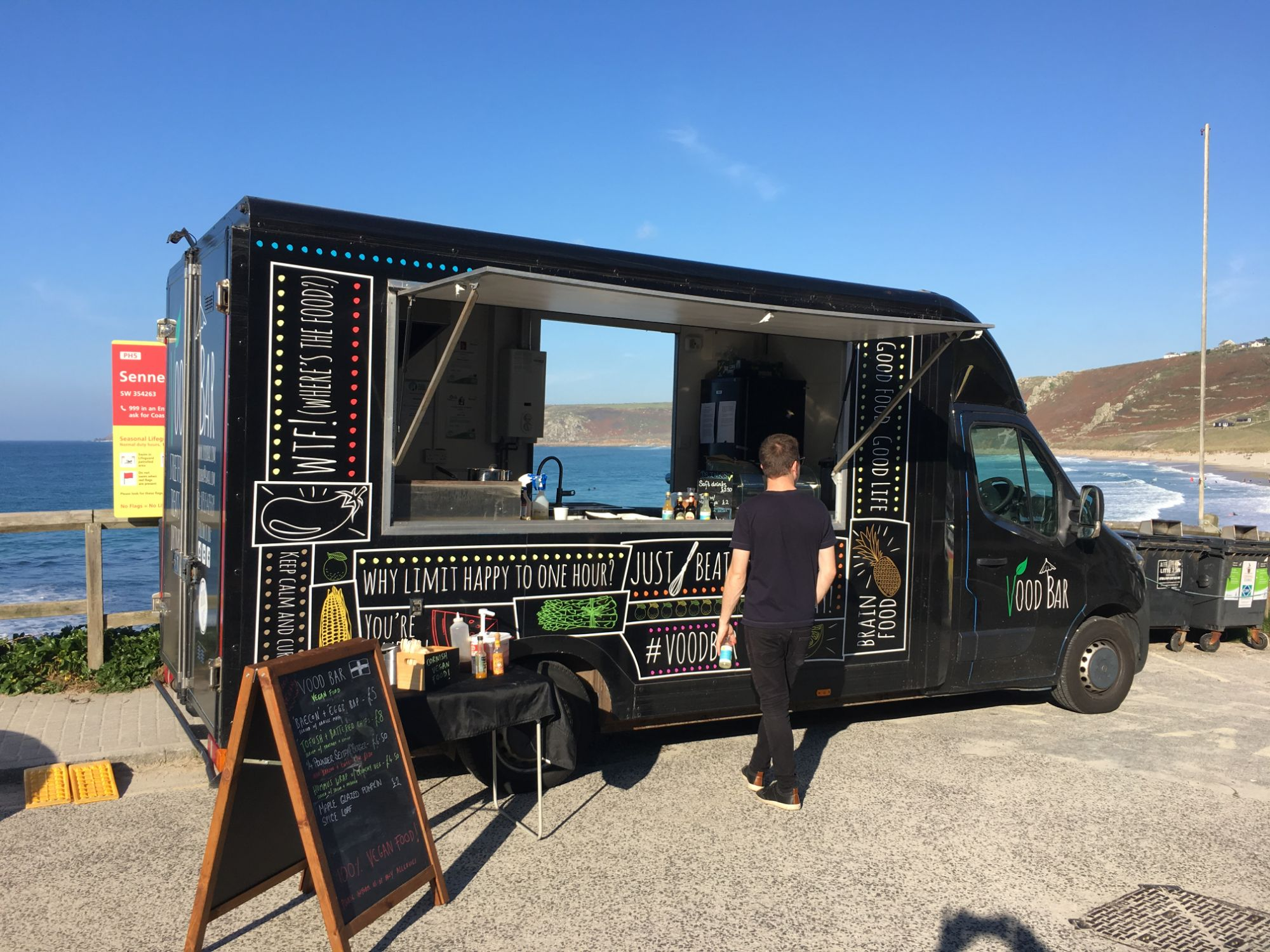 Vegan pop-up van sennen cove