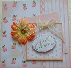 peaches paper topper