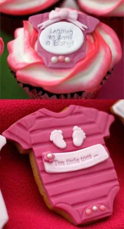 Cupcake & Cookie Babygro icing