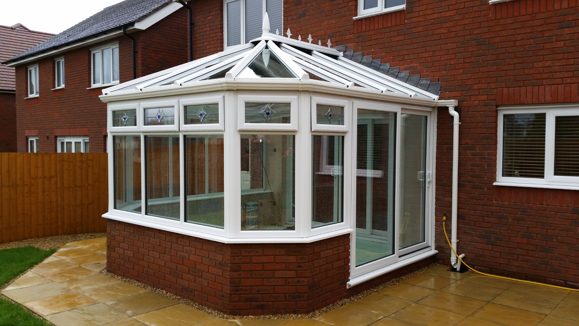 Wide Front Victorian Conservatory