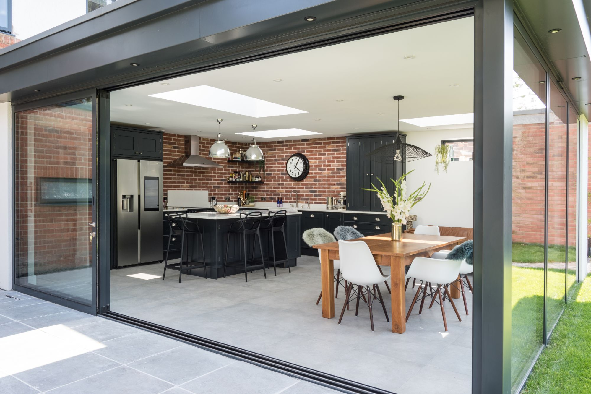 QKS - Stamford Installation 2