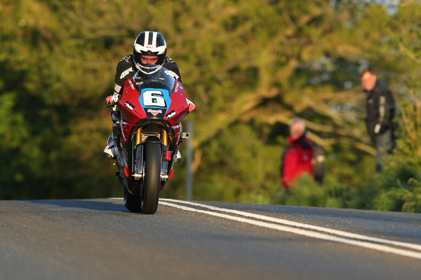 William Dunlop on the Victory Motorcycles Zero TT entry