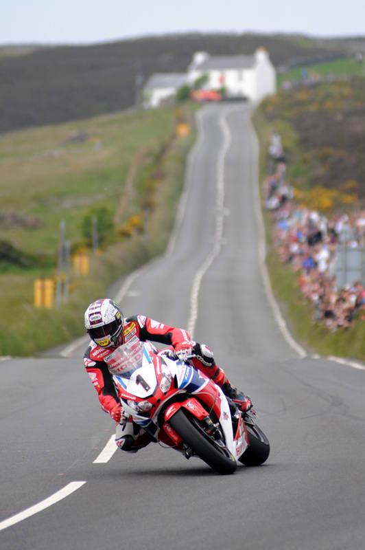 McGuinness wins stunning PokerStars Senior TT on final day of Isle of Man T