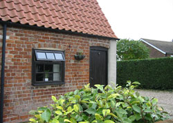 Wolds-End Holiday Cottage, Biker Friendly, Horncastle, Lincolnshire