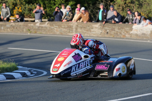 Tim Reeves and Patrick Farrance upped the ante in qualifying for the two Su