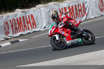 Manx Racing Legend Conor Cummins to Compete in 50th Annual Macau Motorcycle