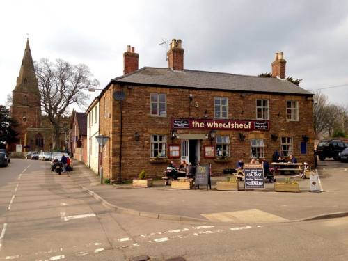 The Wheatsheaf, Biker Friendly, pub, Crick, Northamptonshire