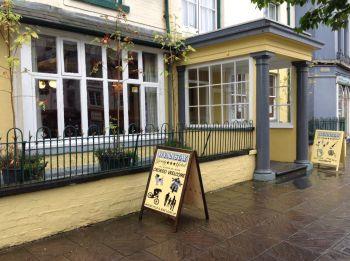 Wynnstay Hotel, Biker Friendly pub, Machynlleth, Powys