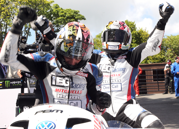 BIRCHALLS AT THE DOUBLE IN SURE SIDECAR RACE 2