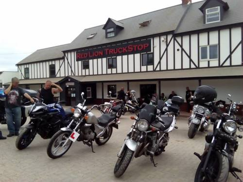 Red Lion Pub and Truckstop, Bikers welcome, Northampton