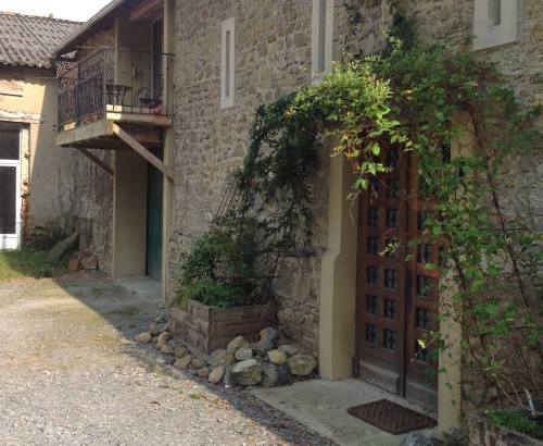 CHAI SIMON, Biker Friendly, Crouseilles, Pyrenees Aquitaine, South West Fra