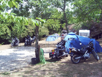 Toca da Raposa, Bikers welcome, camping, Portugal