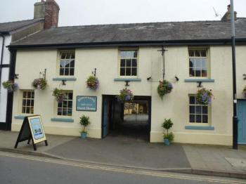 Borderers Guesthouse, Biker Friendly, Brecon, Powys