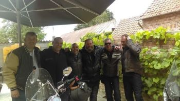 Guesthouse Poelkapelle, Biker Friendly, Belgium, Ypres, parking