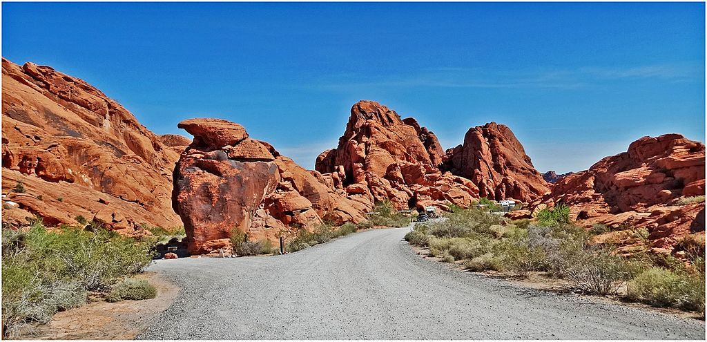 The Valley of Fire State Park - A magnificent place to explore on two wheel