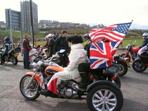 Wirral Egg Run - Even Elvis joined in the fun in 2004 - Photo by Peter Crai