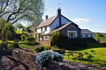 The Greyhound Inn Hotel, Biker Friendly, Usk, Monmouthshire, South Wales