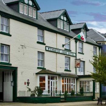 Wynnstay Hotel, Biker Friendly pub, Machynlleth, Powys, Snowdonia
