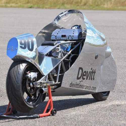 Pauls masterpiece, the R1 powered drag bike. Photo by Dave Manning.