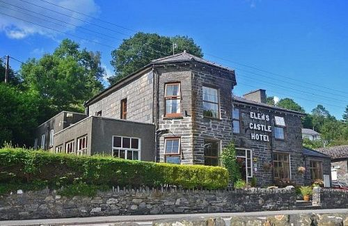 Elens Castle Hotel, Biker Friendly, Betws-y-Coed, Snowdonia