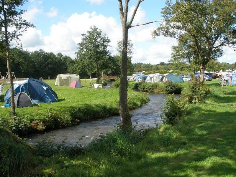 RiverSide Camping Park, South Molton, North Devon