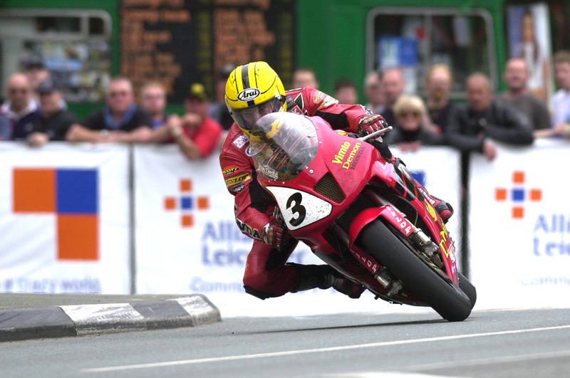 Joey Dunlop at the Isle of Man TT 2000