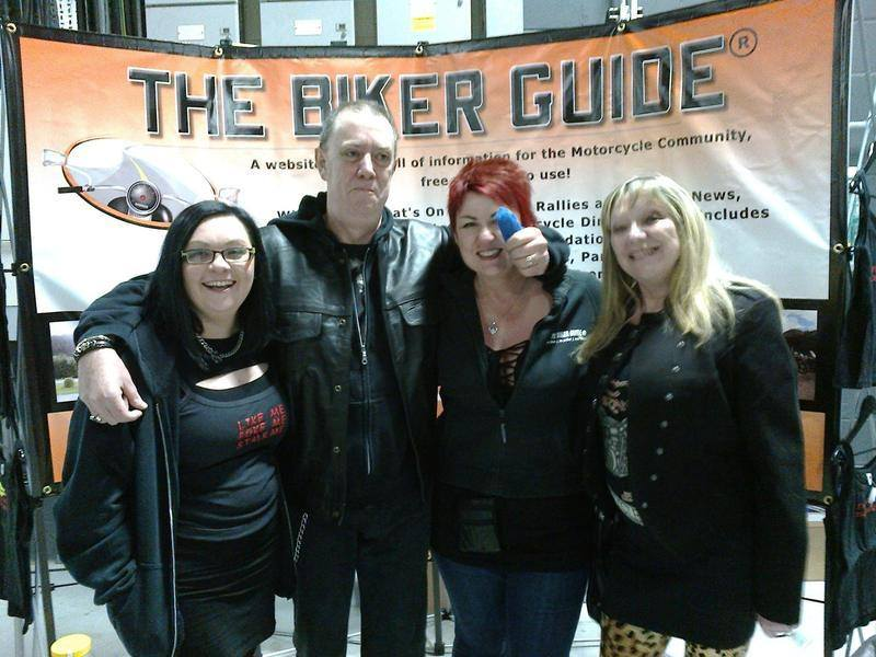 Steve Henshaw and his thumb @ The Manchester Bike Show 2014
