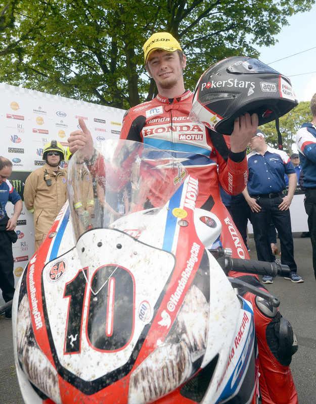 Conor Cummins secures Superbike TT podium