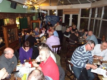 Quiz Night Full House