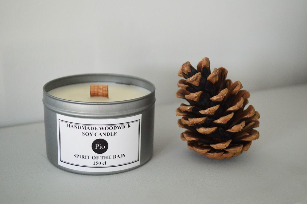 Woodwick Candle - Spirit of the Rain