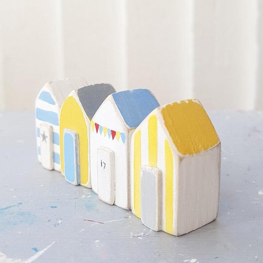 Teeny Tiny  Beach Huts